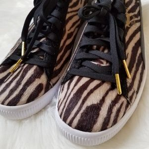 43462c80014d Puma Shoes - Puma Clyde Basketball Sneakers Shoes Athletic 11